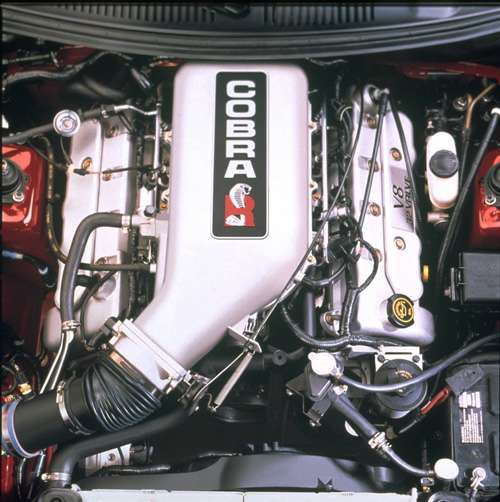 2000 SVT Cobra R Engine